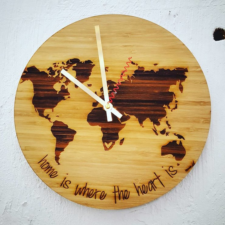 World map clock hallo jane world map clock gumiabroncs Image collections
